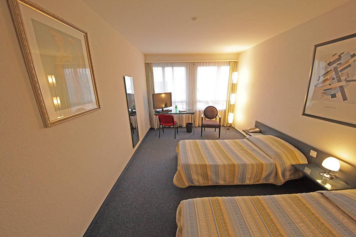 hotel-plainpalais